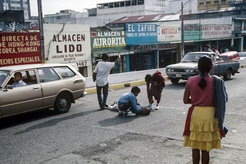 guatemala-ninas-en la-calle-8